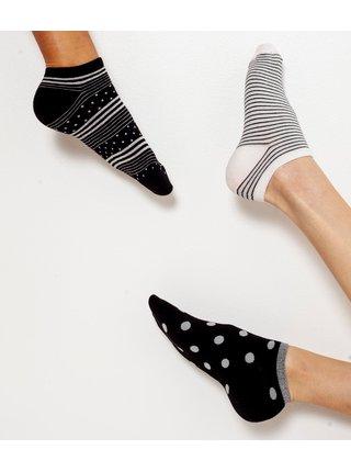 Sada troch párov vzorovaných ponožiek v bielej a čiernej farbe CAMAIEU