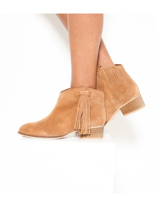 Hnědé kotníkové kožené boty v semišové úpravě s třásněmi CAMAIEU