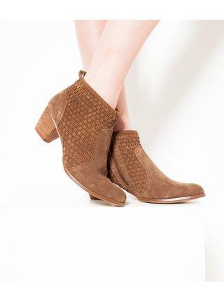 Hnědé kožené kotníkové boty v semišové úpravě CAMAIEU