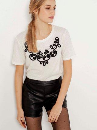 Bílé tričko s nášivkou CAMAIEU