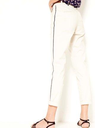 Bílé zkrácené kalhoty s lampasem CAMAIEU