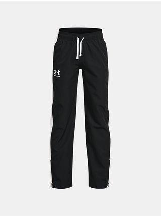 Kalhoty Under Armour Woven Track Pants - černá