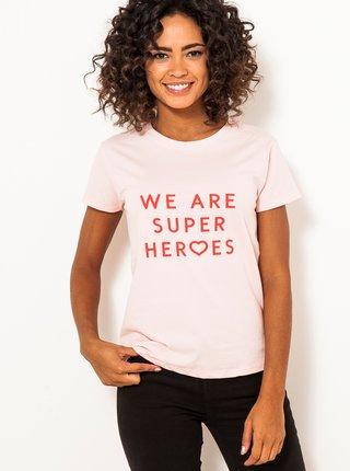 Svetloružové tričko s nápisom CAMAIEU