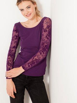 Fialové tričko s krajkovými rukávmi CAMAIEU