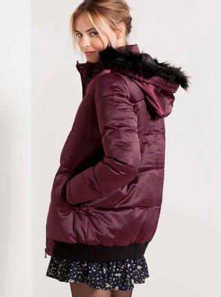 Vínová bunda s umělým kožíškem CAMAIEU