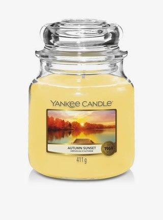 Vonná sviečka Yankee Candle Autumn Sunset (classic stredná)