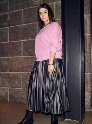 Černá plisovaná midi sukně ONLY CARMAKOMA Lina