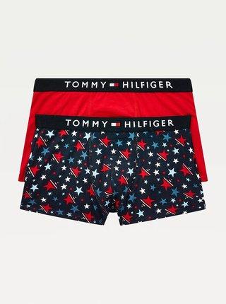 Sada dvou klučičích boxerek v tmavě modré a červené barvě Tommy Hilfiger