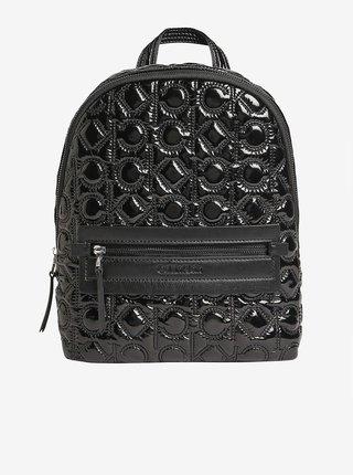 Čierny dámsky prešívaný batoh Calvin Klein