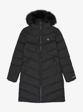 Čierny dámsky prešívaný zimný kabát s kapucou Calvin Klein