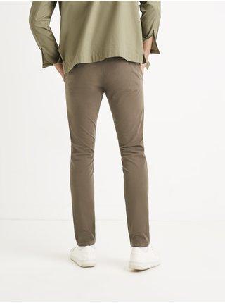 Kalhoty chino Toremus z biobavlny Celio