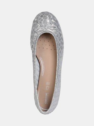 Dámské baleríny ve stříbrné barvě Geox