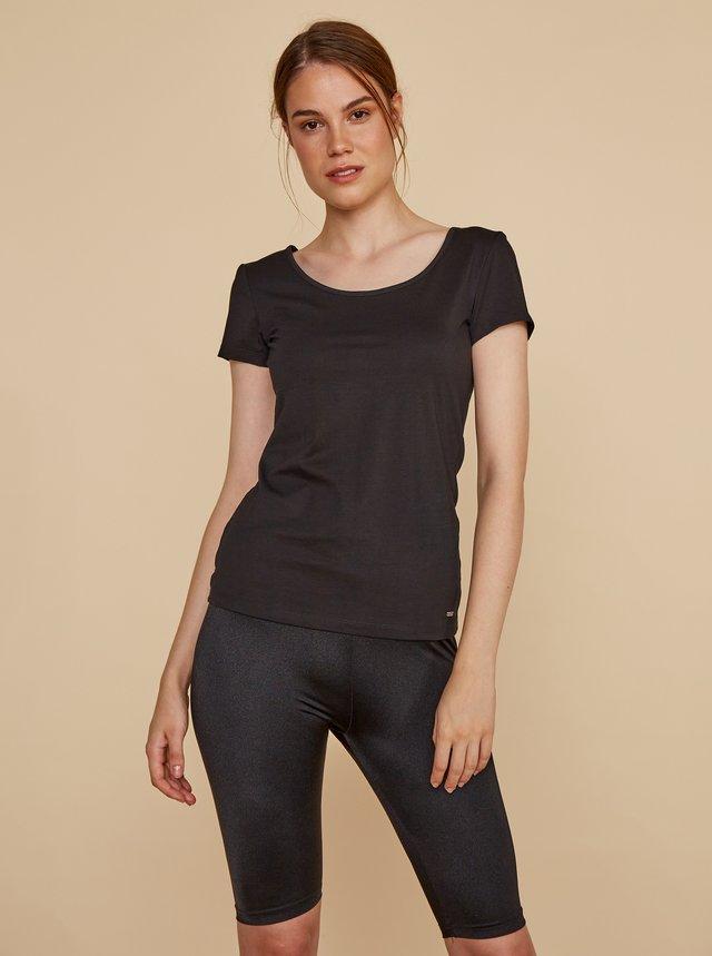 Čierne dámske basic tričko ZOOT Baseline Nora