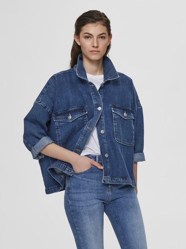 Modrá džínová oversize bunda Selected Femme Victoria