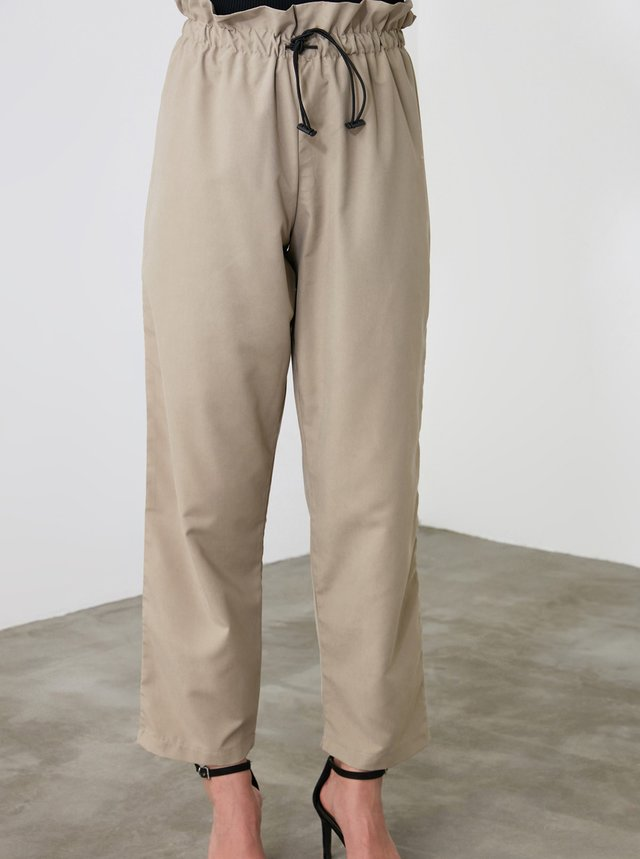 Béžové dámské zkrácené kalhoty Trendyol