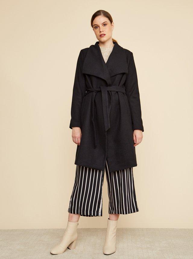 Čierny dámsky kabát s prímesou vlny ZOOT Timea