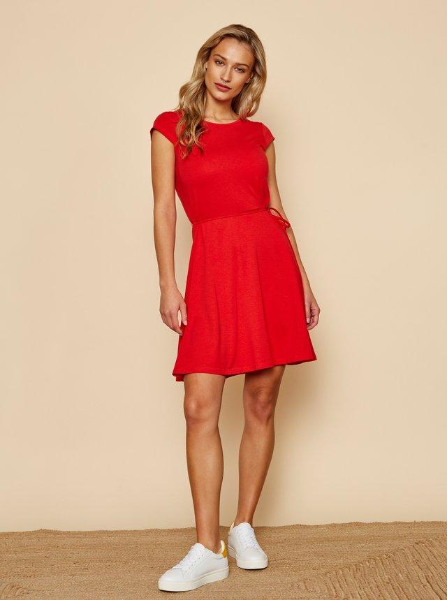 Červené basic šaty se zavazováním ZOOT Baseline Buffy 2