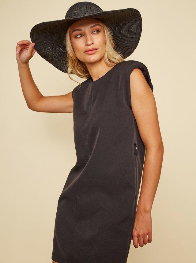 Čierne šaty Wide s ramenními vycpávkami Simpo