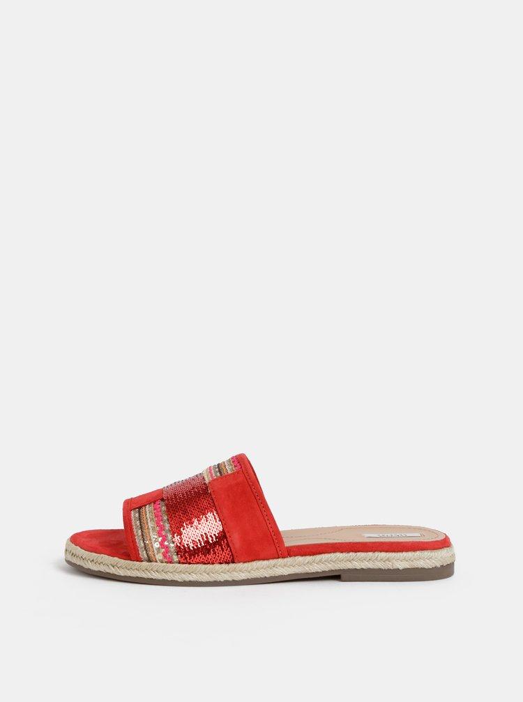 Červené dámské semišové pantofle Geox Kolleen