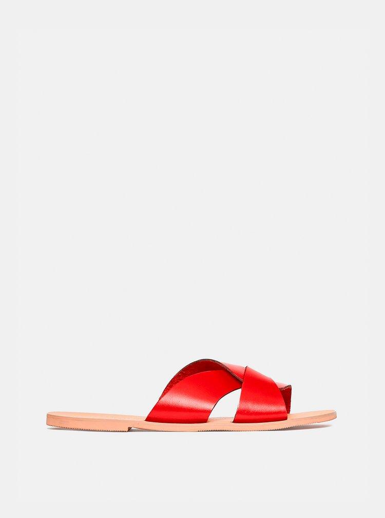 Červené kožené pantofle Dorothy Perkins