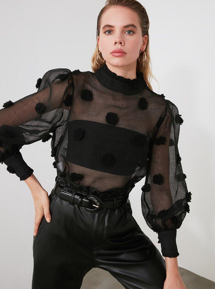 Čierna priesvitná blúzka Trendyol
