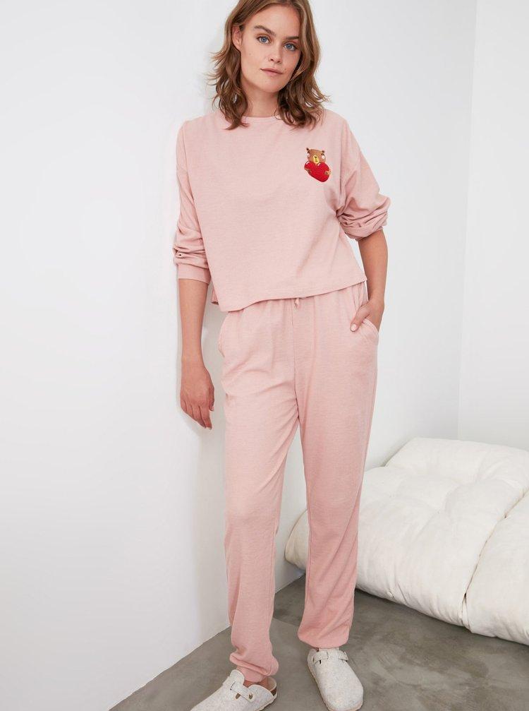 Růžové dámské pyžamo Trendyol