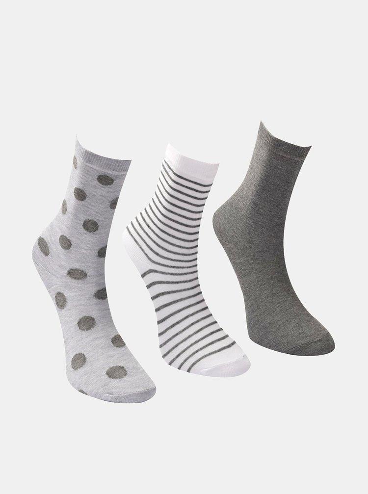 Sada troch párov dámskych šedých ponožiek Trendyol