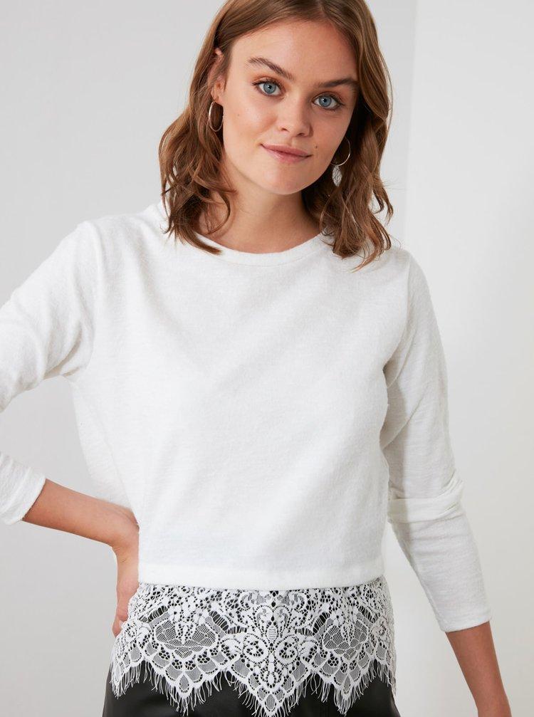 Biele tričko s krajkou Trendyol