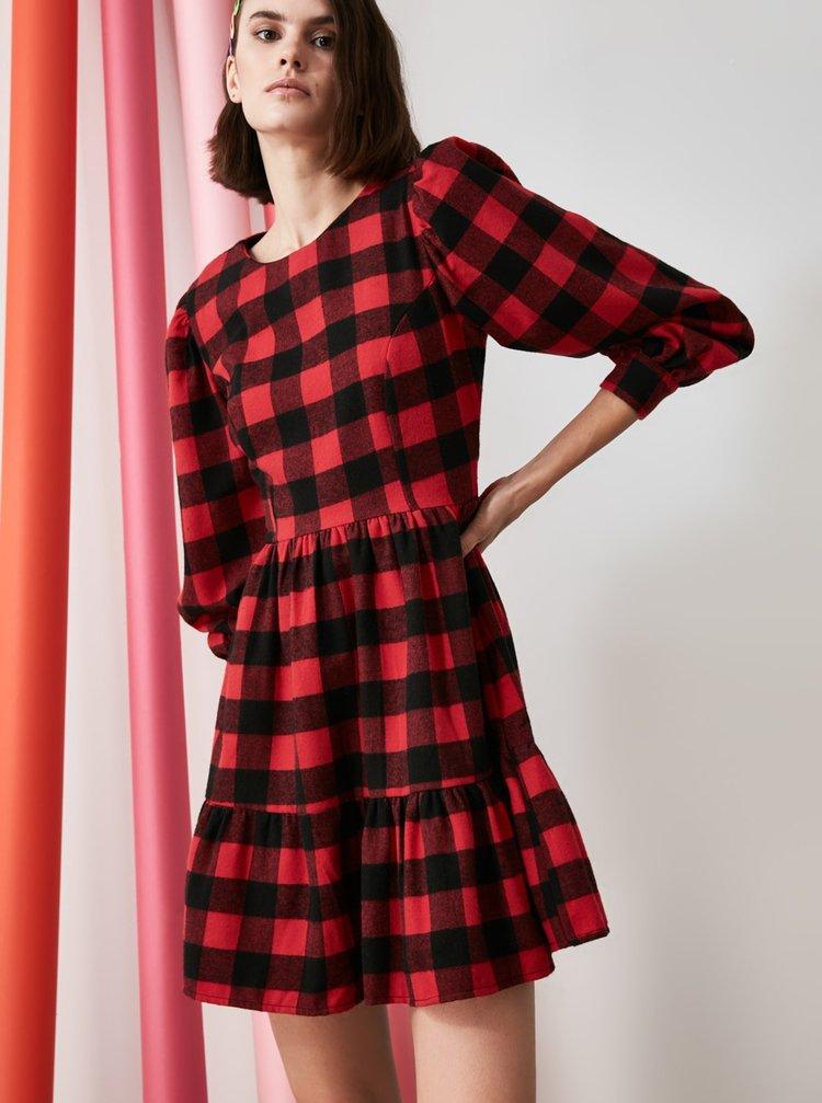 Čierno-červené kockované šaty Trendyol