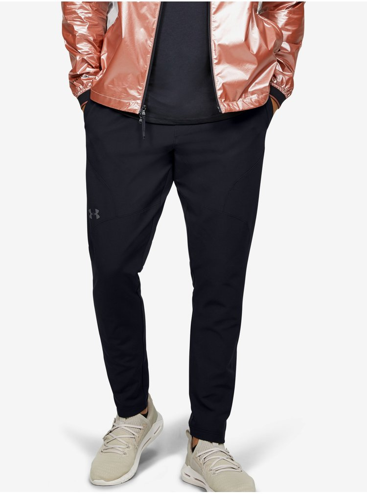 Tepláky Under Armour STRETCH WOVEN UTILITY TAPERED PANT-BLK