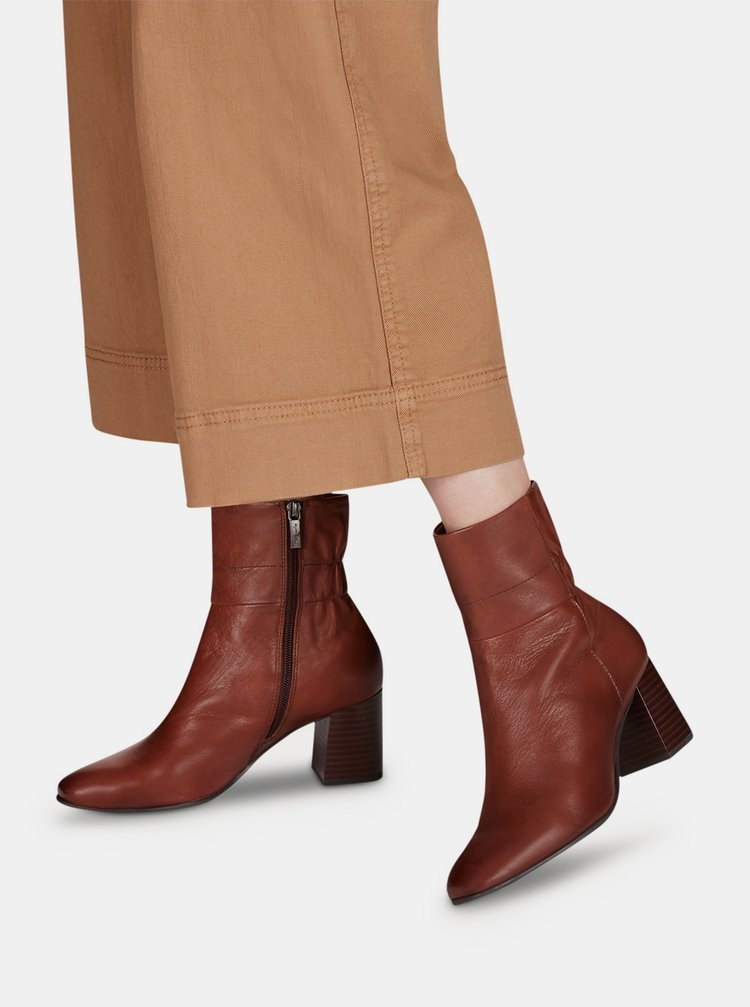 Hnedé dámske kožené členkové topánky Tamaris