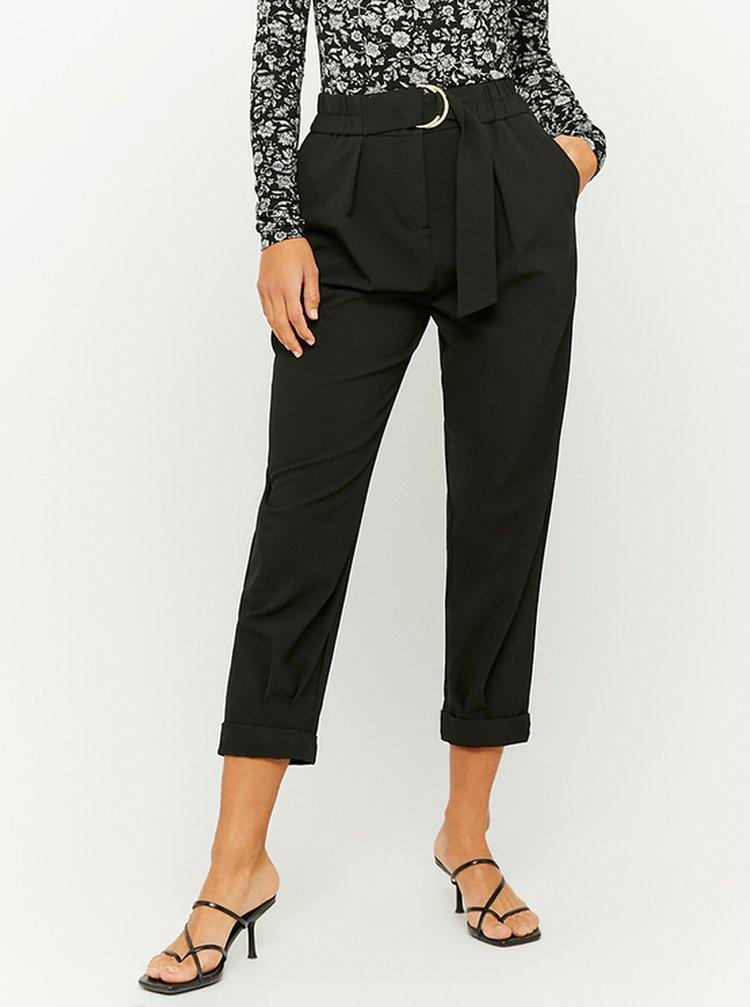 Černé 3/4 kalhoty s páskem TALLY WEiJL
