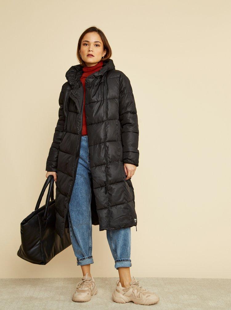 Černý dámský zimní prošívaný kabát ZOOT Gizela