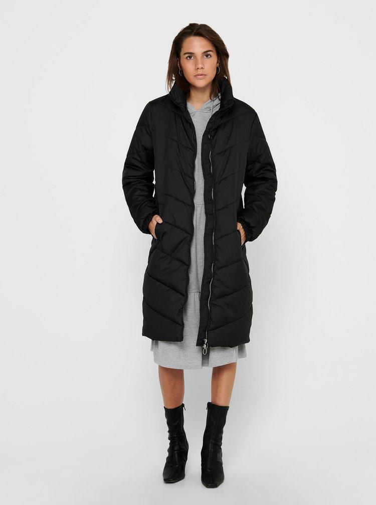 Černý prošívaný kabát Jacqueline de Yong Finno