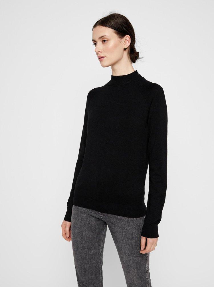 Čierny sveter so stojáčikom Pieces Esera