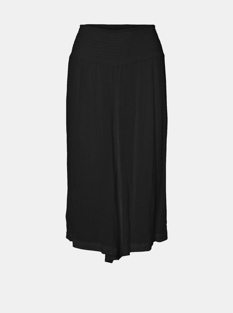 Černé volné 3/4 kalhoty VERO MODA CURVE Grace