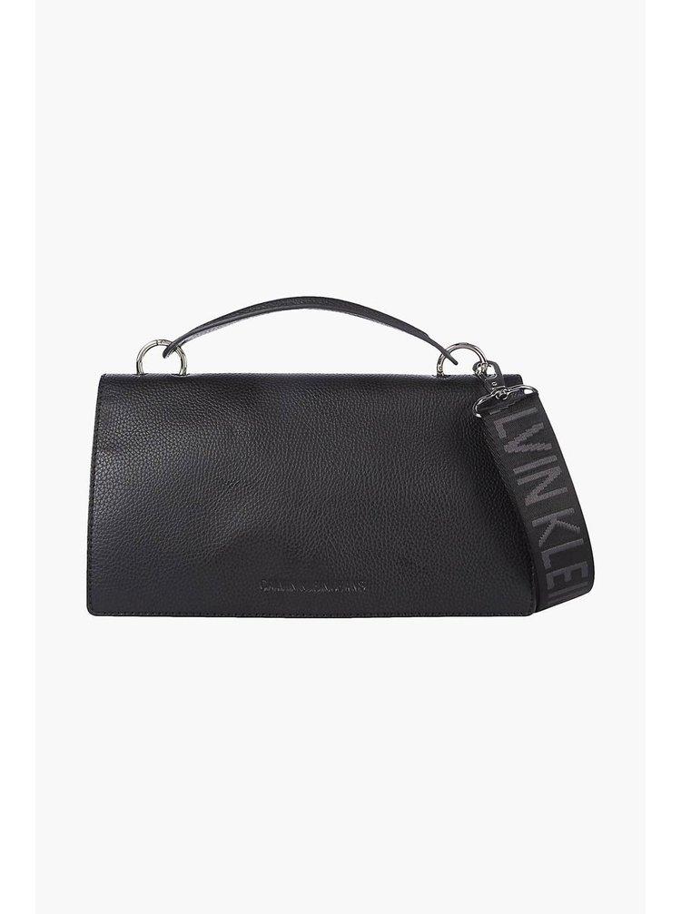 Calvin Klein černá kabelka Flap Crossobody