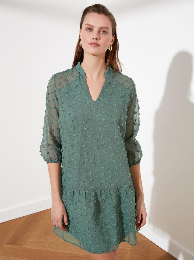 Zelené vzorované voľné šaty Trendyol